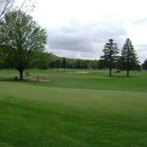Rib Mountain GC: Practice area